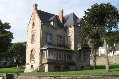 """Bretagne - Douarnenez (29100) - Vente ou location de tout ou partie d'une Propriété à réhabiliter """"Villa Cornic"""""""
